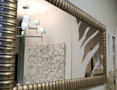 Os espelhos têm poderes mágicos, já que fazem os ambientes parecerem mais espaçosos e iluminados. Venha conhecer a nossa loja nas Colinas do Cruzeiro, Odivelas.   #decor #design #arquitetura #homedecor #interiordesign #home #decoration #instadecor #designdeinteriores #inspiração #interiores #casa #architecture #casamento #artesanato #arte #decoracao #inspiration #festa #style #wedding #instadesign #detalhes #art #estilo #homedesign #instahome #love #luxo