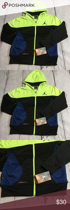 4fac29088b6d Nike Jordan Therma-Fit Hoodie Sweater Size S Nike Jordan Therma-Fit Kids 12- 13 Years Long sleeve Hoodie Sweater Condition  Brand New With Tags Color   Black