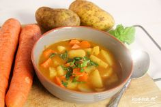 """Arme Leute Essen oder auch Kartoffel-Gulasch genannt """"Poor people eat"""" or also called potato goulash Fall Recipes, Soup Recipes, Vegan Recipes, Cooking Recipes, Cheap Meals, I Love Food, Soups And Stews, Clean Eating, Food Porn"""