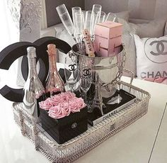 luxury, chanel, and champagne Bild Chanel Party, Chanel Decor, Perfume, Glam Room, Beauty Room, Hair Beauty, Inspired Homes, My New Room, Coco Chanel