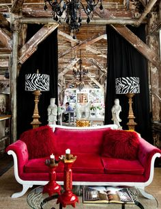 LOVE sofa and red fuzzy furry pillows Red Home Decor, Home Goods Decor, Cute Home Decor, Eclectic Design, Eclectic Decor, Asian Inspired Bedroom, Interior Design Boards, Amazing Decor, Red Interiors