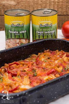 Mancare de fasole alba si legume la cuptor Macaroni And Cheese, Meat, Chicken, Ethnic Recipes, Food, Mac And Cheese, Essen, Meals, Yemek