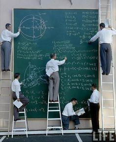 Calculeren bij NASA in de jaren '60 / Calculating at NASA in the sixties. - Photo: JR Eyerman; 1960's
