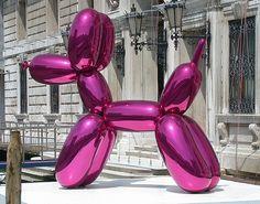 Gigantic Balloon Dog. Jeff Koons.