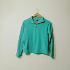 Nike Pullover Aqua blue Nike pullover. Has been worn and used but still in great conditions! Nike Sweaters