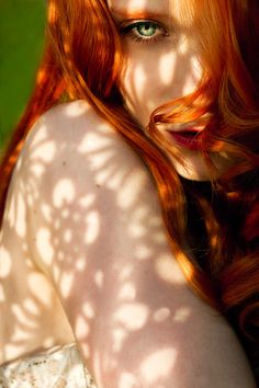 Beautiful redhead women, cute ginger girls and everything else fans of redheads love. A place where you can find pictures of red hair, freckles and more. Natural Redhead, Beautiful Redhead, Beautiful Eyes, Amazing Eyes, Beautiful Images, Cute Ginger, Red Pictures, Ginger Girls, Hottest Redheads