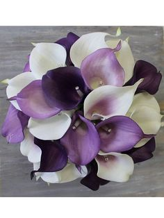 MADE TO ORDER! 1 Real Touch purple and white calla lilies bridal bouquet with a brooch, rhinestones and ribbon The bouquet has been made from 23 calla lilies , brooch, rhinestones and satin ribbon It is perfect for the bride who appreciates simple and classy style. The bouquet looks so real, elegant , stylish, soft and lightweight. One of a kind. The bouquet measures: 8 inches (20cm) in diameter, the handle is 7 inches long (17cm) Bridesmaids bouquets, boutonnieres and corsages available…