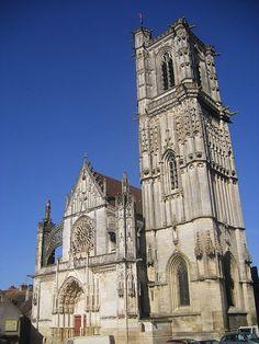 Eglise Saint-Martin à Clamecy (58500)