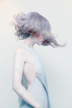 Photo Reference, Art Reference, Portrait Photography, Fashion Photography, Artistic Photography, Winter Photography, Source D'inspiration, Creative Hairstyles, Cool Hairstyles