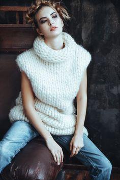Chunky knit Sleeveless sweater dress. Super chunky knit