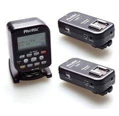 Phottix enthüllt seine neuestes Produkt auf der Photokina im September: Der Phottix TTL-Trigger. Fotografen können nun alle externen Blitzgeräte mittels drahtloser I-TTL-Übertragung im HSS-Modus mit bis 1/8000 sek. steuern.