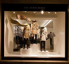 Burberry Windows Fall 2015, London – UK » Retail Design Blog