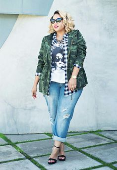 trendy fashion street style plus size outfit Plus Size Street Style, Look Street Style, Street Styles, Curvy Street Style, Street Chic, Street Wear, Outfits Plus Size, Plus Size Dresses, Curvy Outfits