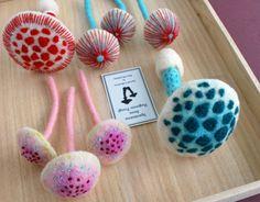 """Consultare la pagina di questo progetto @Behance: """"Needle-felted Mushrooms"""" https://www.behance.net/gallery/16147435/Needle-felted-Mushrooms"""