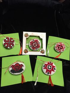 Folk Embroidery, All Craft, Quilling, Snowflakes, Diy And Crafts, Projects To Try, Cross Stitch, Crochet, Handmade