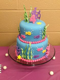 Under the sea birthday cake. Could i incorporate this with bubble guppies??