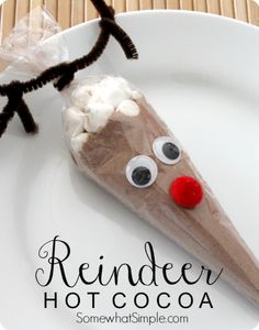 Reindeer Hot Cocoa - fun gift idea from Somewhat Simple featured on www.thirtyhandmadedays.com
