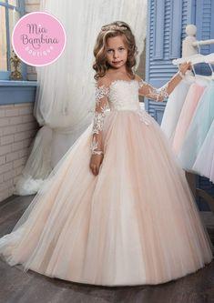 Girls Party Dress, Birthday Dresses, Girls Dresses, Dresses For Kids, Dress Girl, Party Dresses, Blush Flower Girl Dresses, Lace Flower Girls, Flower Girl Gown