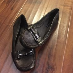 Never worn! Steve Madden flats Hey girls! Adorable flats! Steven madden. Metallic brown in color! Steven by Steve Madden Shoes Flats & Loafers