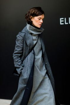 Jo Ellison - Street Style From Paris Haute Couture - The Cut Style Casual, Style Me, Cool Street Fashion, Street Style, Looks Style, Madame, Mode Style, Fashion Outfits, Womens Fashion