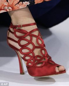Oscar de la Renta    Lynnai Richards via Tamara onto Designer Shoes                                                                                                                                                     More