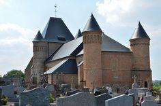Eglise fortifiée Saint-Sulpice et Saint-Médard de Beaurain . Flavigny-le-Grand-et-Beaurain (Aisne) - Picardie