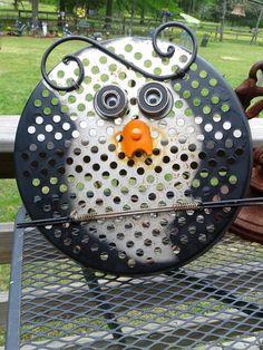 Jimmye's OWL made from a Pizza Pan made by Jimmye Porter