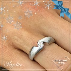 Hojalien in witgoud met crt diamant Perfect Image, Design Your Own, Precious Metals, Silver Rings, White Gold, Jewels, Gemstones, Diamond, Gifts