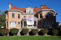 Delta Phi Epsilon | Syracuse University