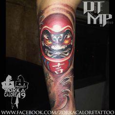 What does daruma doll tattoo mean? We have daruma doll tattoo ideas, designs, symbolism and we explain the meaning behind the tattoo. Daruma Doll Tattoo, Hannya Mask Tattoo, Japanese Leg Tattoo, Japanese Tattoo Designs, Asian Tattoos, Leg Tattoos, Foo Dog Tattoo, Buddha Tattoo Design, Leg Sleeve Tattoo