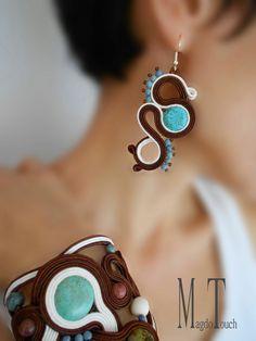 Carefully designed one of a kind, bold, delicate and feminine artistic jewelry. Soutache Tutorial, Soutache Jewelry, Jewellery Earrings, Shibori, Earring Set, Jewerly, Jewelry Design, Fashion Jewelry, Feminine