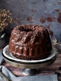 Cukkinis-csokoládés kuglóf recept - Kifőztük, online gasztromagazin Tiramisu, Pudding, Cake, Ethnic Recipes, Desserts, Food, Drink, Kuchen, Essen