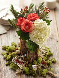 things I love: white hydrangeas, pinky/orange roses, those berry things, green moss and tree vases.  hmmm.....