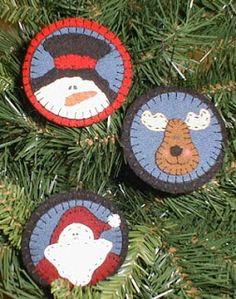 Snowtime Trio Ornaments--free pattern
