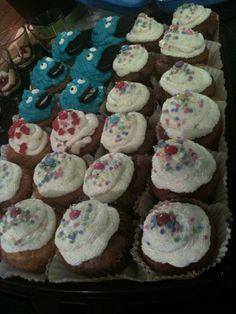 Bunte Streusel Cupcakes