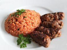 Cevapcici mit Paleo-Tomaten-Reis - Rezept unter www.lebepaleo.de