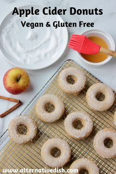 Baked apple cider donuts are a moist, healthy and flavorful breakfast or dessert. These gluten free donuts are made with oat flour, apple cider, and cinnamon and come together quickly for an easy treat any time of day! Healthy Vegan Desserts, Vegan Dessert Recipes, Donut Recipes, Vegan Breakfast Recipes, Vegan Snacks, Apple Recipes, Fall Recipes, Healthy Baking, Vegan Food