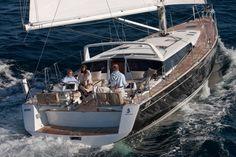 Beneteau Sense 55 Sailing.  What a huge cockpit! http://www.murrayyachtsales.com/wp-content/gallery/sense-55/sense55gmr_1446.jpg