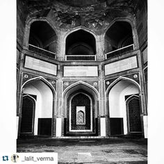 #Repost @_lalit_verma with @repostapp. To get featured tag your posts with #talestreet  #bnw_captures_ #bnw_society #bnw #bnw_demand #bnw_life #bnw_life #bnw_captures #delhigram #insta #instagood #instagram #electro #solitude  #path#netgeotravel #travel #netgeo#vascocam #vasco #vascophile #skyporn #nature_perfection #naturelovers #indiatravel #india#talestreet #potrait #symmetry