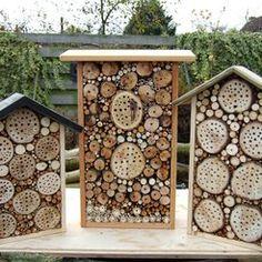 Znalezione obrazy dla zapytania hotel voor bijen in de boomgaard