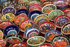 Visit Sicily (@VisitSicilyOP)  Le irresistibili ceramiche di Santo Stefano di Camastra,nella provincia di Messina. #delsoleedelmare #springinsicily #yummysicily