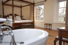 Dorchester Manor, Moreton, Dorset - Holiday Cottage Compare