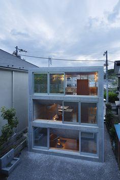 Image 19 of 35 from gallery of House in Byoubugaura / Takeshi Hosaka. Photograph by Koji Fujii / Nacasa&Partners