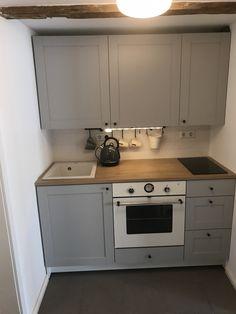 Best Indoor Garden Ideas for 2020 - Modern Kitchen On A Budget, Diy Kitchen, Kitchen Decor, Kitchenette, Knoxhult Ikea, Micro Kitchen, Small Apartment Kitchen, Ikea Kitchen Design, Small Space Interior Design