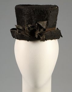 Hat  R. Townsend & Sons   Date: ca. 1790 Culture: British Medium: Fur, silk Credit Line: Brooklyn Museum Costume Collection at The Metropolitan Museum of Art, Gift of the Brooklyn Museum, 2009; Gift of Mrs. Alvah E. Reed, 1966 Accession Number: 2009.300.5487