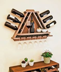 Wine Rack DIY - wine bottle and glasses storage with shelf… Bar Pallet, Woodworking Plans, Woodworking Projects, Woodworking Store, Woodworking Classes, Popular Woodworking, Wine Glass Rack, Patterned Sheets, Diy Holz