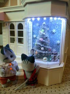 dollhouse miniature christmas window display