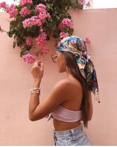Image may contain: one or more people, people standing, flower, hat and outdoor Hair Scarf Styles, Curly Hair Styles, Aesthetic Hair, Aesthetic Clothes, Kreative Portraits, Photographie Portrait Inspiration, Bandana Hairstyles, Updo Hairstyle, Hairstyle Ideas