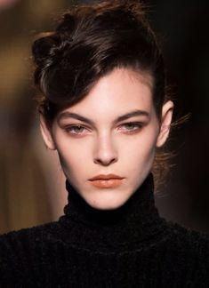 Fresh Makeup Look, Pale Makeup, Pretty Makeup, Makeup Looks, Brunette Beauty, Hair Beauty, Model Face, Star Wars, Interesting Faces