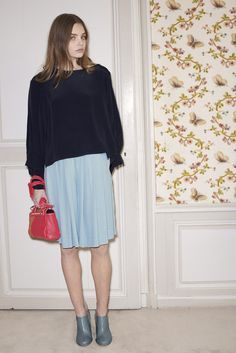 http://www.fashionsnap.com/collection/see-by-chloe/see-by/2014-15aw-pre/gallery/index8.php